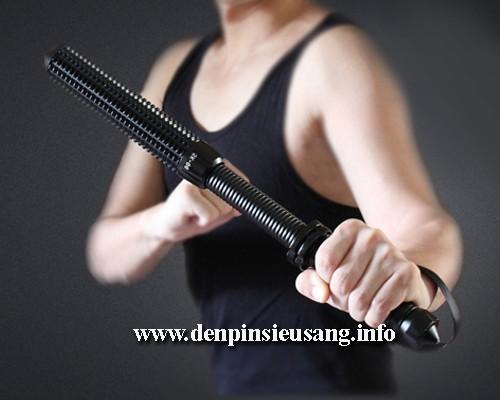 Đèn pin tự vệ SK 06 hỗ trợ khi bạn cần tự vệ chính đáng